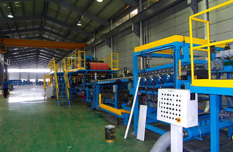 Continuous PU / PIR sandwich panel production line